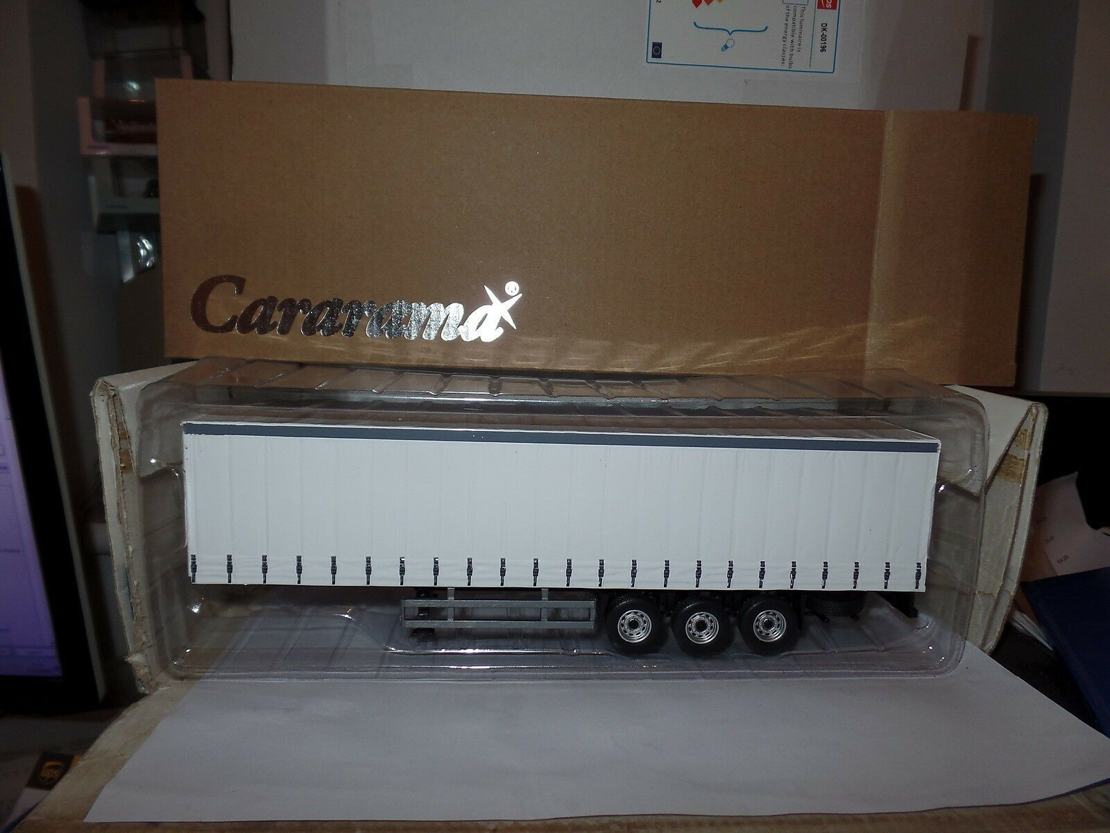 Cararama Oxford CR027 1//50 Scale Trailer Pure Dealer White For Your Code 3 Model