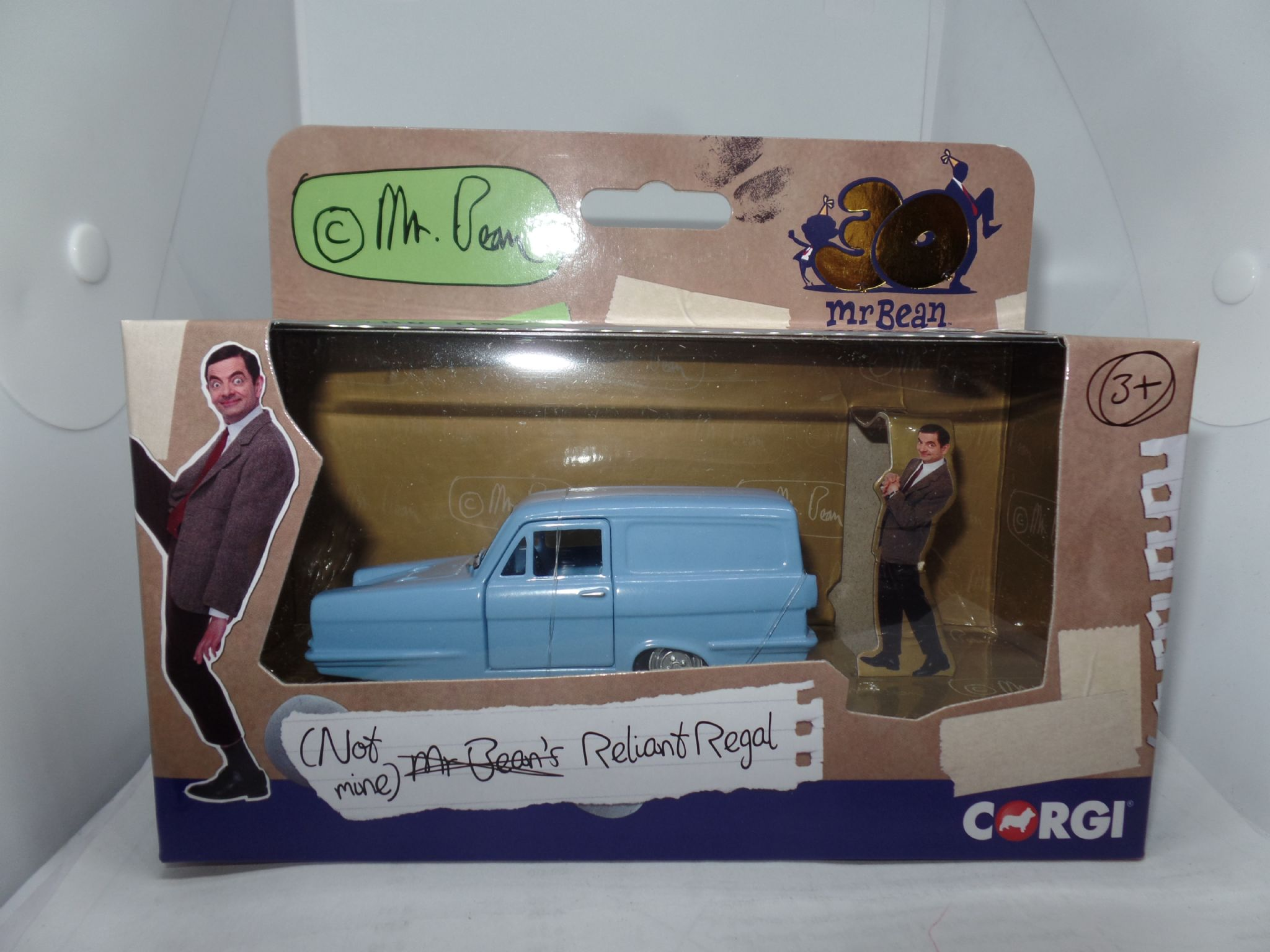 Corgi Mr Bean Blue Reliant Regal Classic Die Cast TV Model CC85804