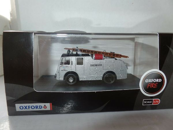 Oxford 76FHP003 FHP003 1//76 OO  Fordson Heavy Pump LMS Railway Fire Brigade