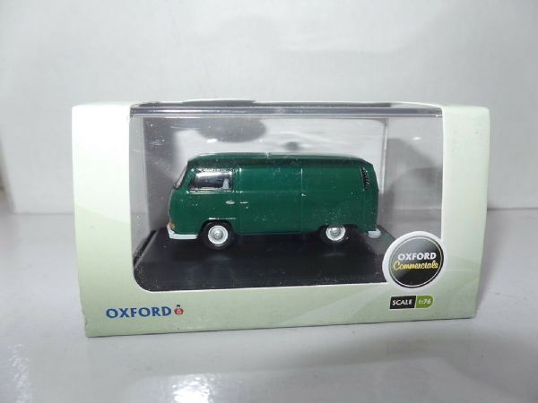 Scale OO Oxford Diecast 76VW028 VW Bay Window Bus//Surfboards Lime Green//White 1:76